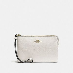 COACH F58032 CROSSGRAIN LEATHER CORNER ZIP WRISTLE